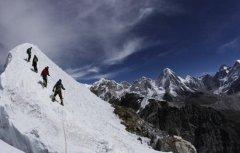 珠穆朗玛峰南坡雪崩事件