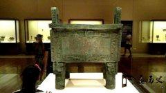 殷墟商代大墓被盗,考古家抢救性发掘,墓室发现34个人头