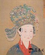 17岁俘虏被抓,遭敌人玷污16年,却在异国封为皇后,死后三年发现